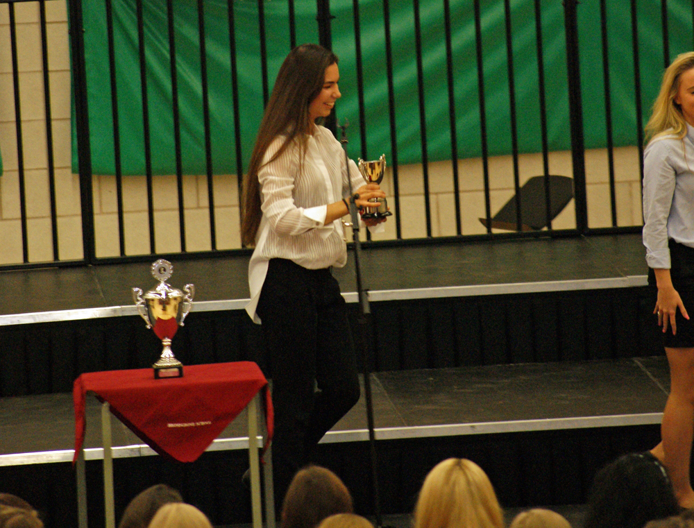 House Song 2014 - Mary Windsor awarded the 2014 Runners-Up Trophy